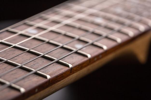 Macro van elektrische gitaar toets met snaren