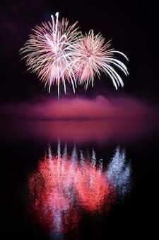 Magische nacht met vuurwerk