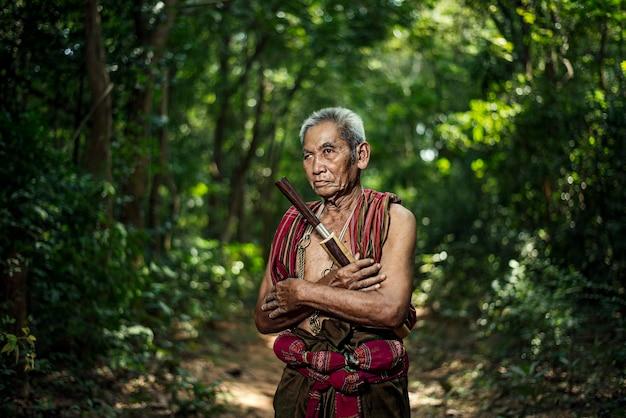 Mahout in chang village, surin-provincie thailand.