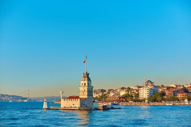 Maiden's tower in de bosporus
