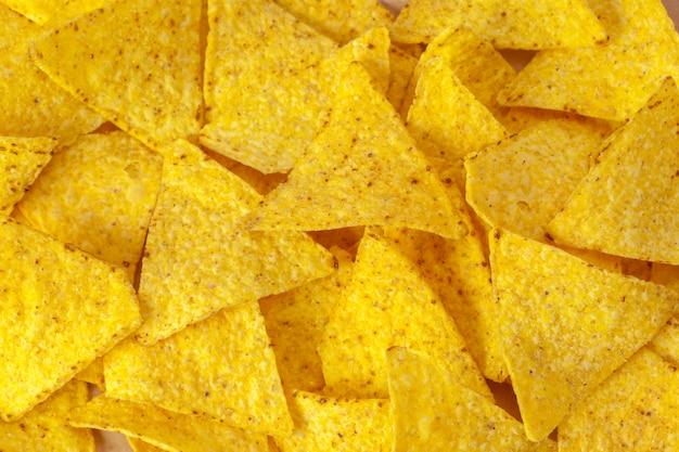 Maïs nacho's op wit