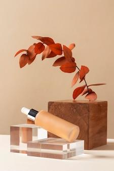 Make-up concept met foundation en plant