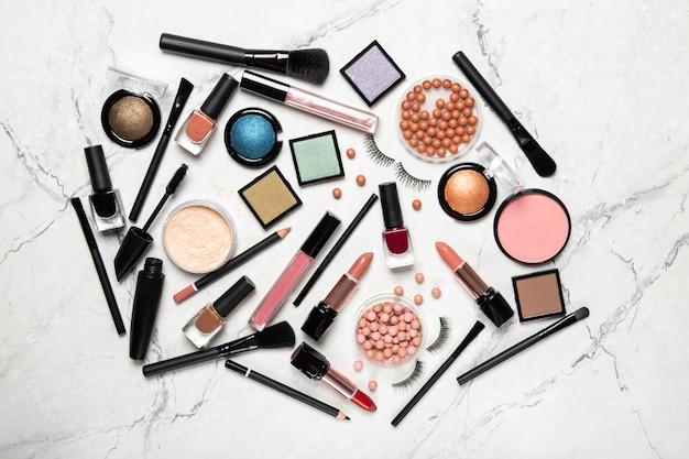 Make-up- en make-upborstels. uitzicht van boven