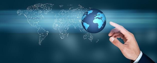 Man aanraken in globe in scherm