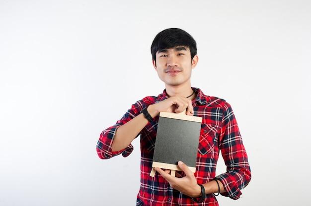 Man en een schoolbord en lachende foto's voor uw bedrijf