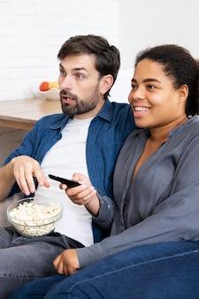 Man en vrouw brengen wat quality time samen door
