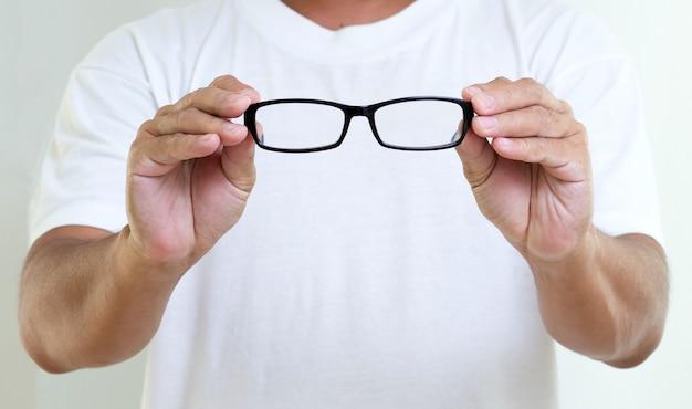 Man hand met bril