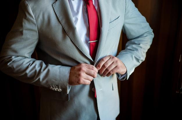 Man knop jas, bruidegom, bedrijf