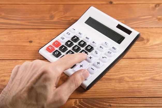 Man maken van notities en berekeningen bedrijfsconcept