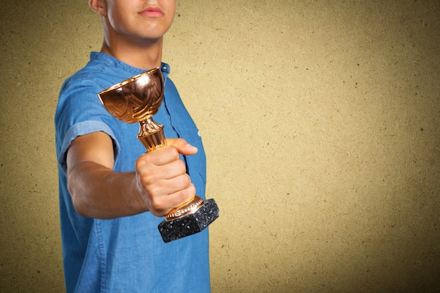 Man met trofee