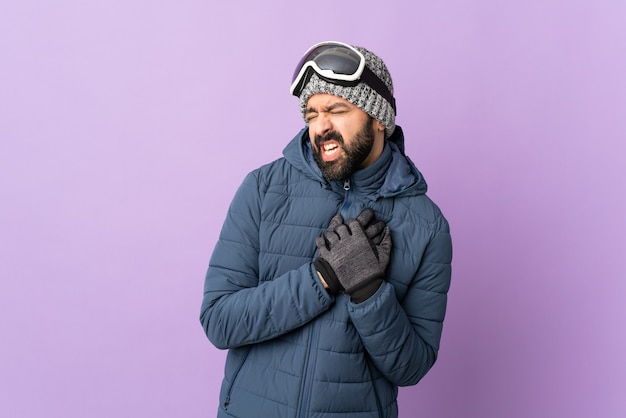 Man poseren met ski-bril