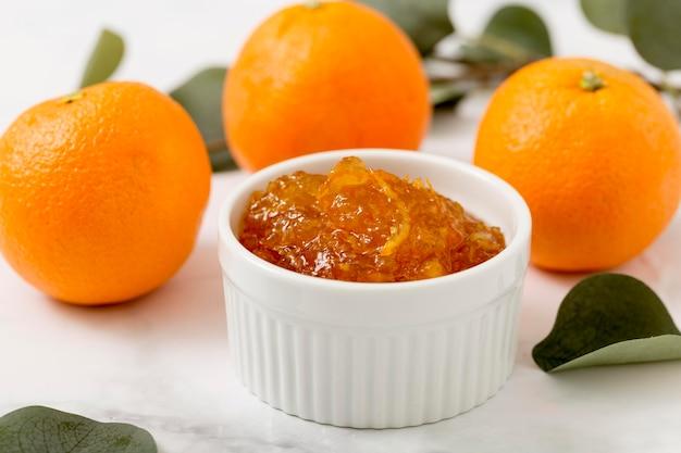Mandarijn en oranje zelfgemaakte heerlijke jam