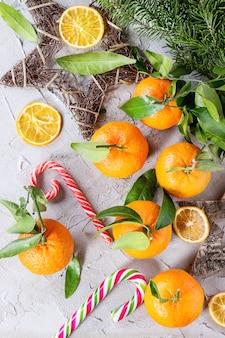Mandarijnen in kerstdecor