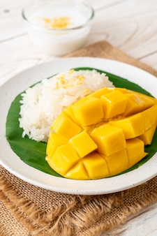 Mango met kleefrijst
