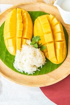 Mango met kleverige rijst