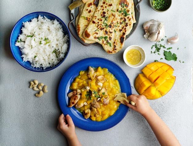 Mangocurry met kip en cashew