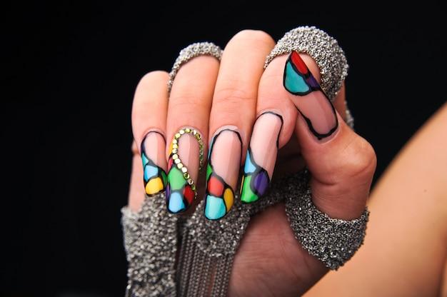 Manicures prachtig patroon op nagels