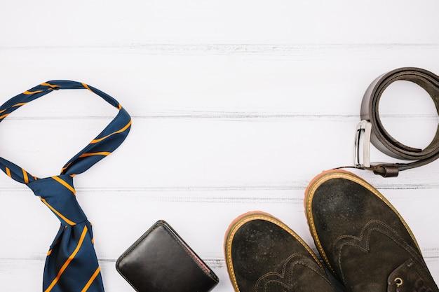 Mannelijke accessoires en schoenen