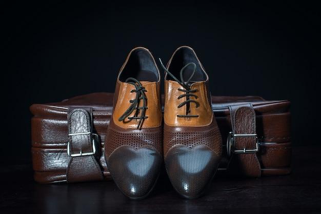 Mannenmode. heren accessoires, stilleven. zakelijke uitstraling.