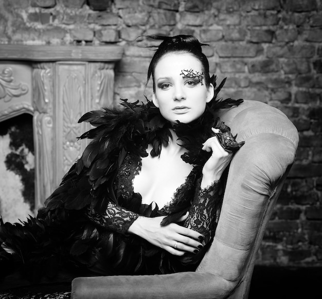 Mannequin in zwarte jurk