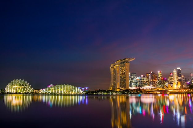 Marina bay in singapore 's nachts