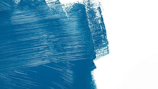Marineblauwe kleur stookt op