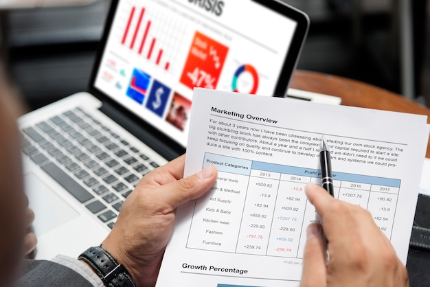 Marketingoverzicht onderzoeksanalyseconcept