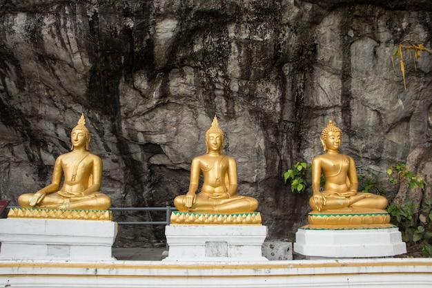 Marmeren danang boeddhistische bergen bergtempel
