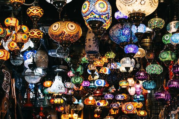Marokkaanse of turkse mozaïeklampen en lantaarns