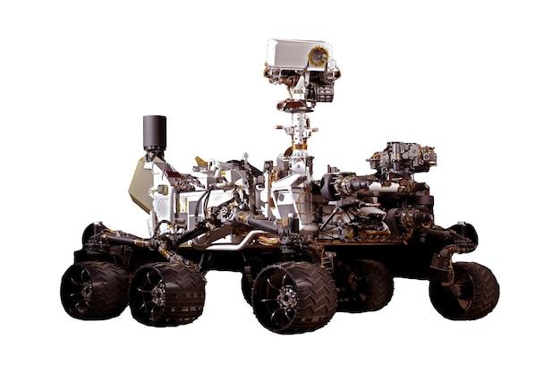 Marsrover geïsoleerd op een witte achtergrond. elementen van deze afbeelding zijn geleverd door nasa. hoge kwaliteit foto