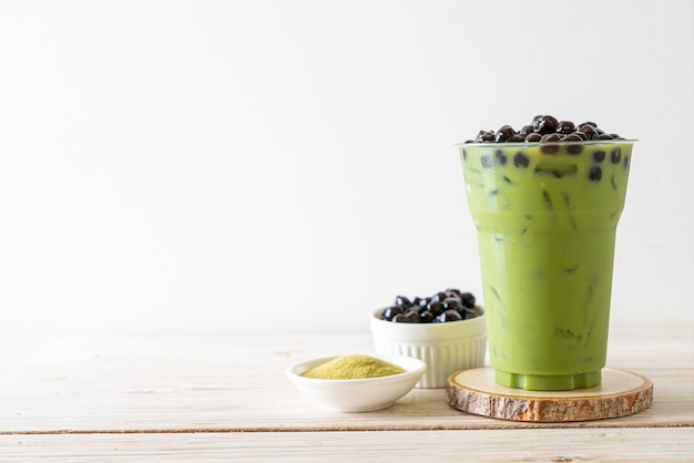 Matcha groene thee latte met bubbel