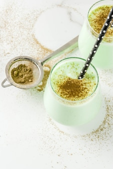 Matcha-smoothie van kokosnoot
