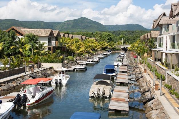 Mauritius jachtclub, tropisch eiland