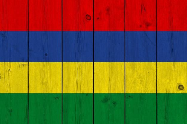 Mauritius vlag geschilderd op oude houten plank