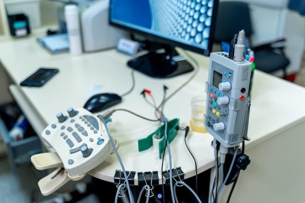 Medisch-diagnostische apparatuur kamer. therapeutische en diagnostische kamers met medische apparatuur.