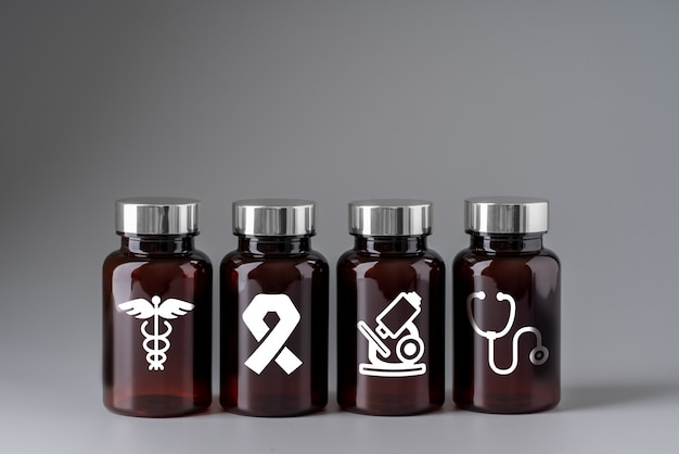 Medisch pictogram op geneeskundefles voor globale gezondheidszorg
