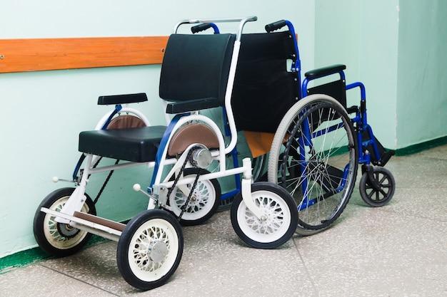Medische rolstoelen voor ernstig zieke en gehandicapte mensen
