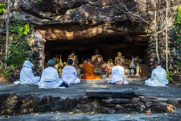 Meditatie op belangrijke dagen van het boeddhisme