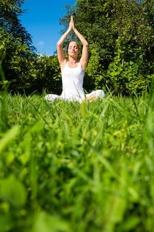 Mediteren in het park