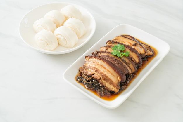Mei cai kou rou of steam belly varkensvlees met swatow mosterd cubbage recepten - chinees eten
