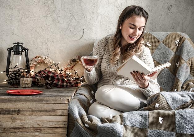 Meisje het lezen van een boek