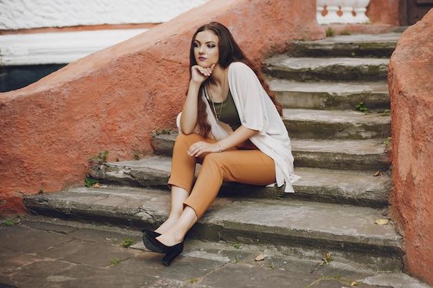 Meisje in een trap