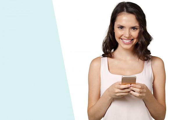Meisje met mobiele telefoon
