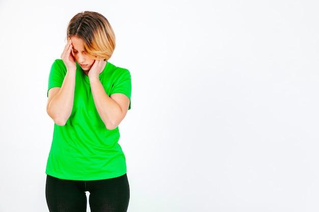Meisje ongelukkig met hoofdpijn