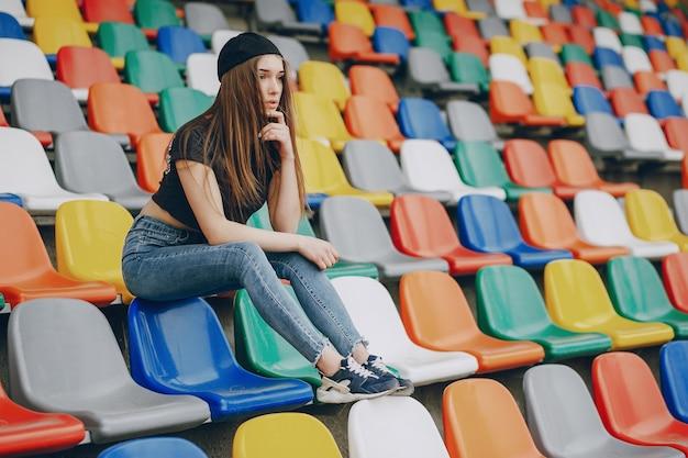Meisje op een stadion