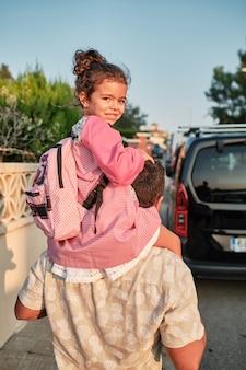 Meisje op terug naar school