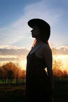 Meisje silhouet cowboy