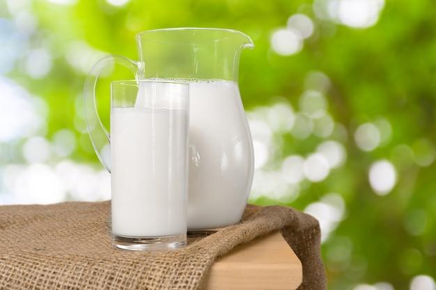 Melk en groene ruimte