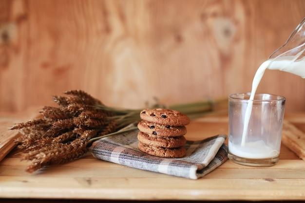 Melk en koekjes granen