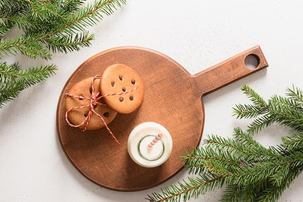 Melk voor de kerstman en zelfgemaakte peperkoekkoekjes
